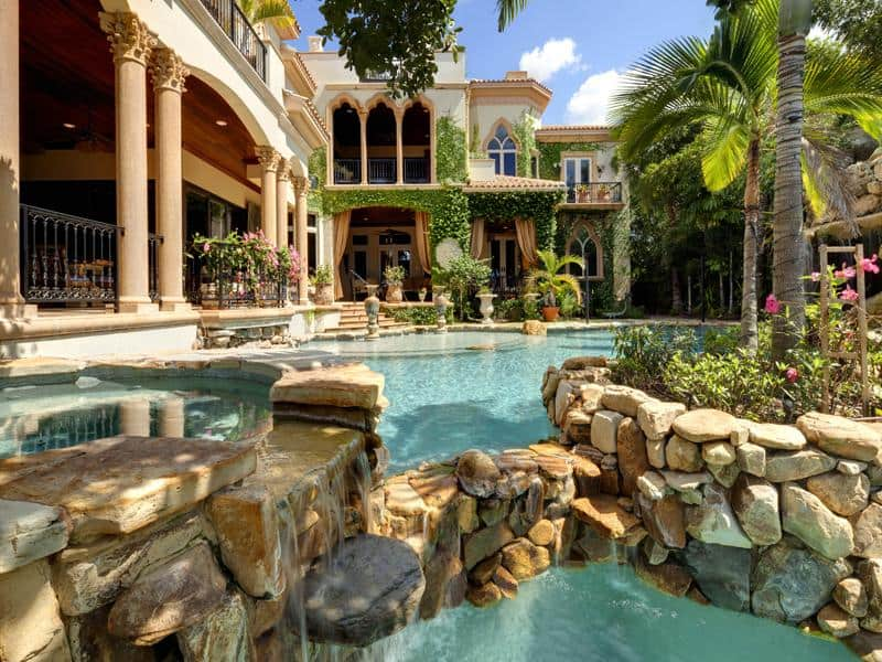 incredibly luxurious backyard