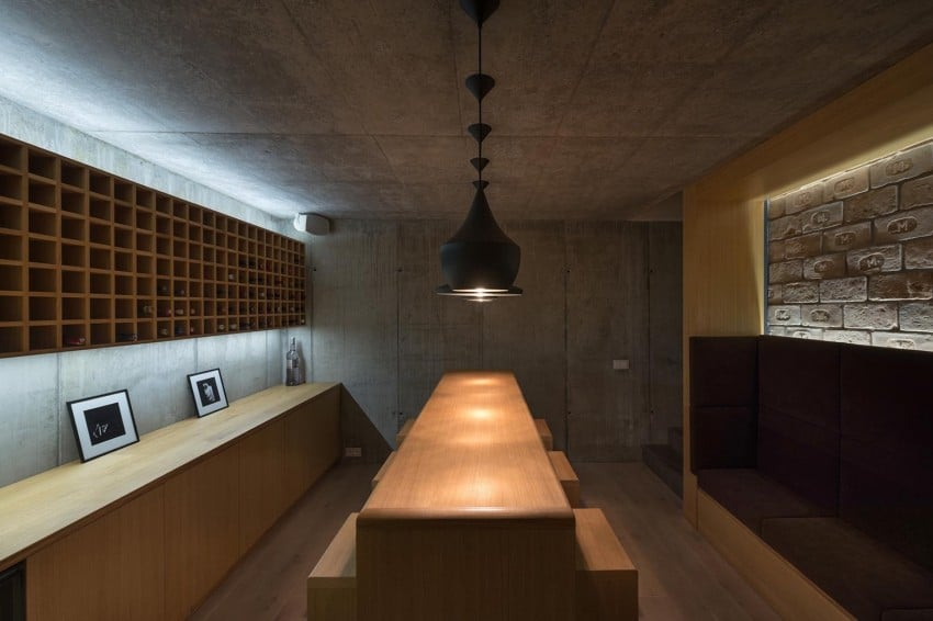 Contemporary Home Sculpted on an Atypical Plot by at26 architectur homesthetics (14)