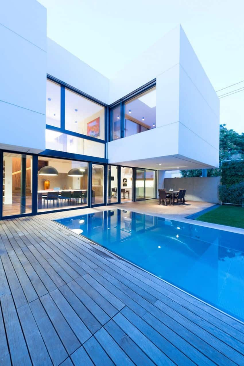 Contemporary Home Sculpted on an Atypical Plot by at26 architectur homesthetics (17)