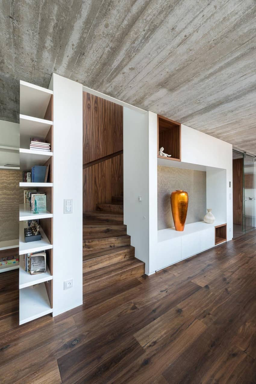 Contemporary Home Sculpted on an Atypical Plot by at26 architectur homesthetics (8)