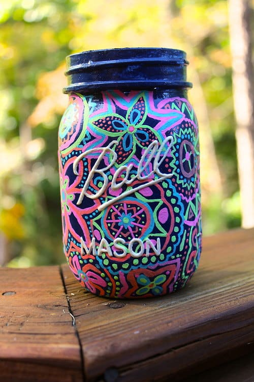How To Paint Glass homesthetics.net mason jar painting (4)