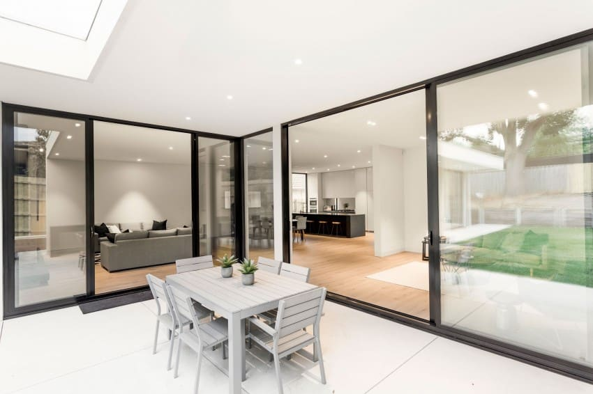 Lubelso Home Designs Elegant Minimalist Contemporary Home homesthetics (5)