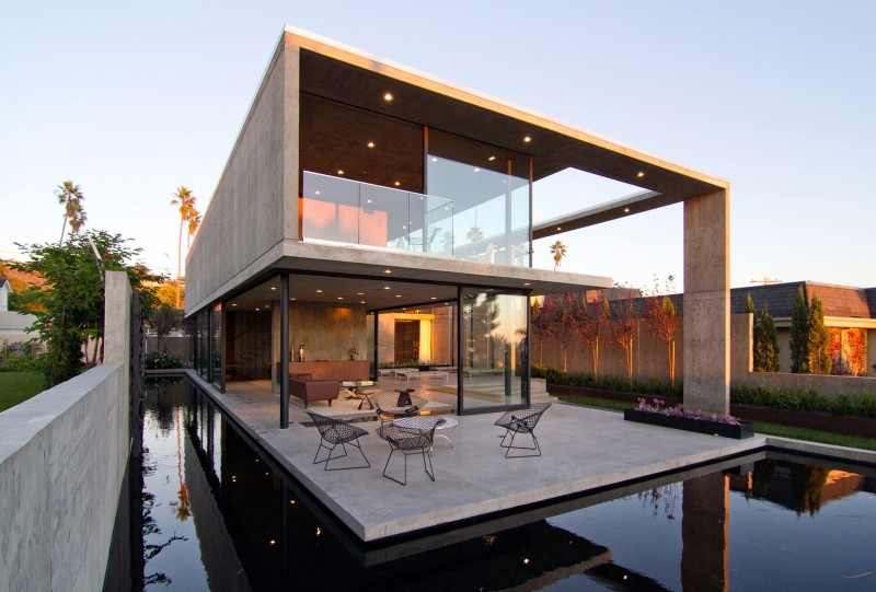 Delight Your Senses With 16 Of The Best Modern Mansions Designs ...