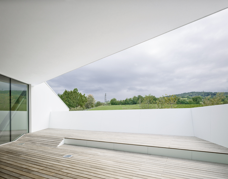 Simplicity Exposed In Residence Klosterneuburg by Project A01 homesthetics (2)