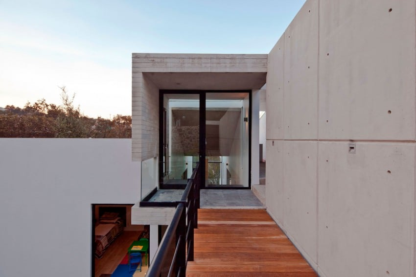 Splendid Contemporary Residence in Mexico by Materia Arquitectonica homesthetics (10)