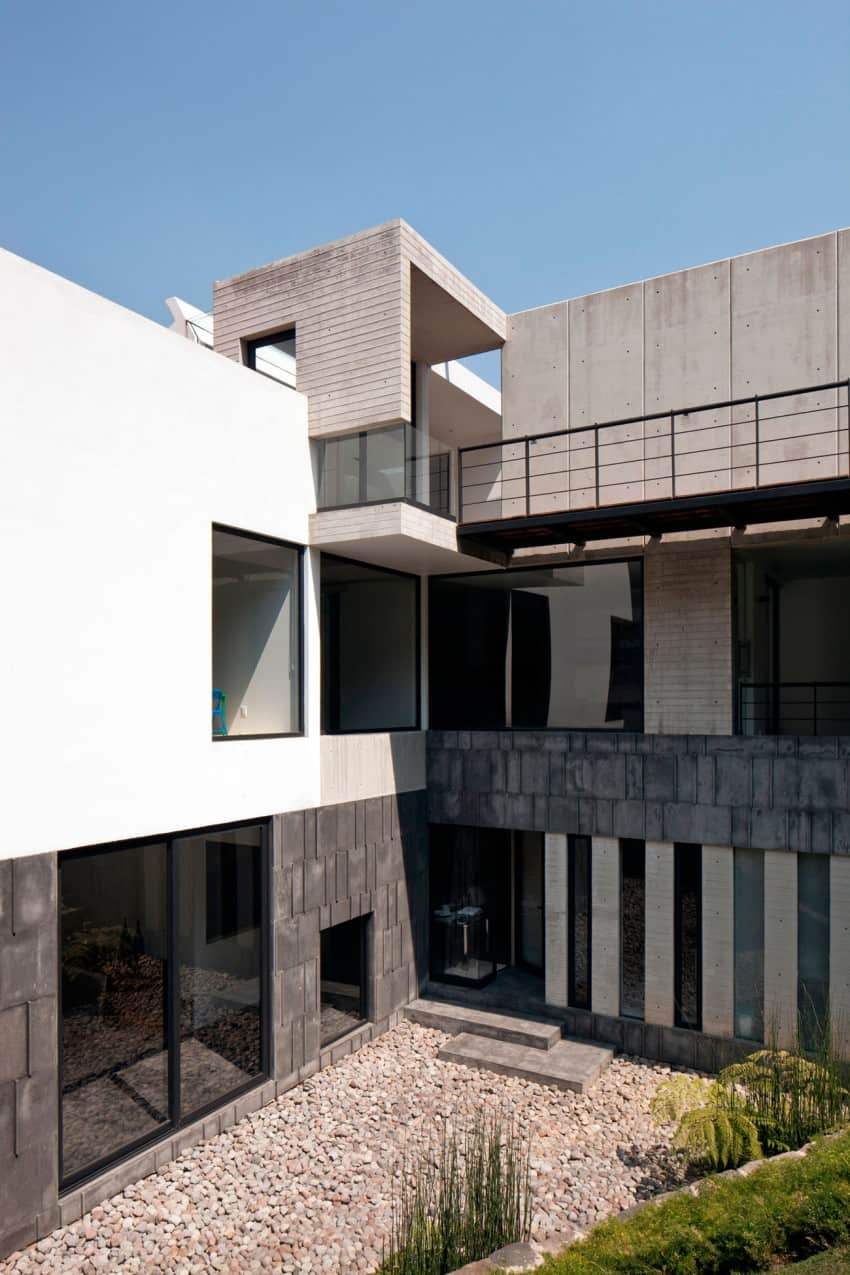 Splendid Contemporary Residence in Mexico by Materia Arquitectonica homesthetics (5)