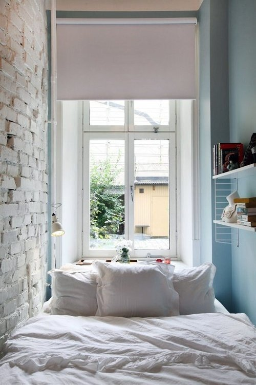 Small Bedroom Decorating Tricks
