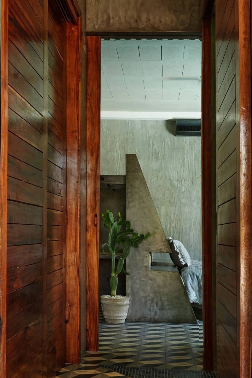 Vibrant Home in Tulum Mexico Entitled T-House homesthetics architecture (15)