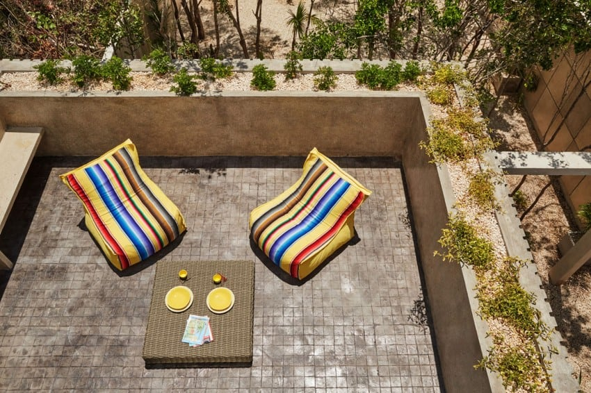 Vibrant Home in Tulum Mexico Entitled T-House homesthetics architecture (4)