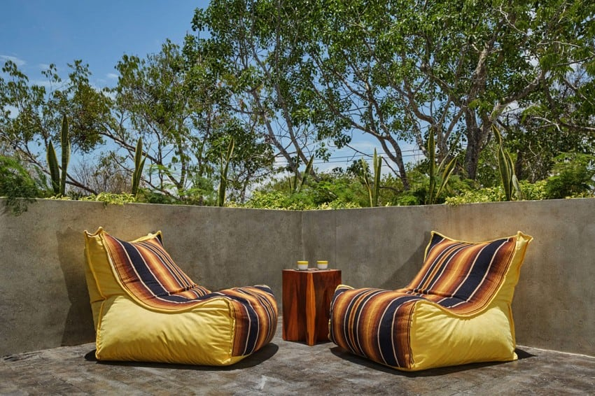 Vibrant Home in Tulum Mexico Entitled T-House homesthetics architecture (5)
