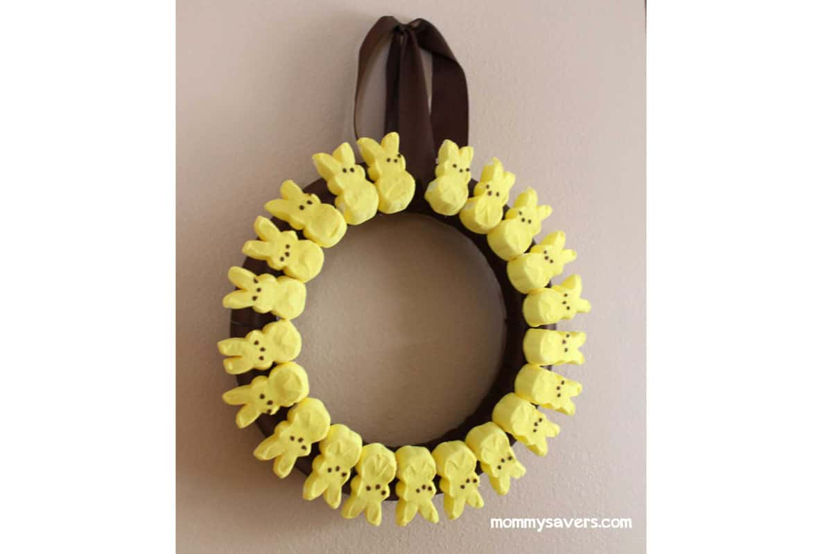 08-easter-peeps-wreath-yellow-easter-crafts