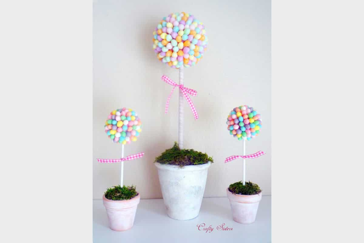 29 splendid easy easter crafts to beautify your home homesthetics 10 jelly bean topiary easter do it yourself solutioingenieria