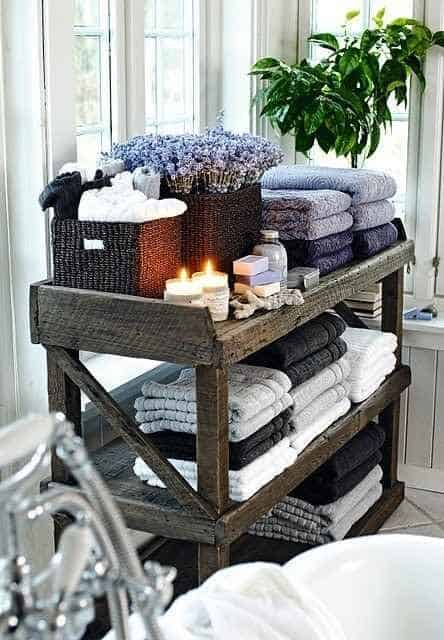 #11. VINTAGE VIBES IN A SIMPLE Wooden pallet BATHROOM CART