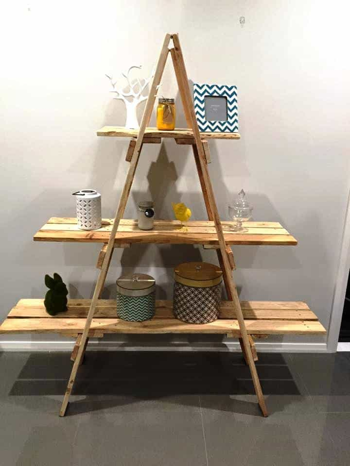 18 - Wooden A Frame Ladder