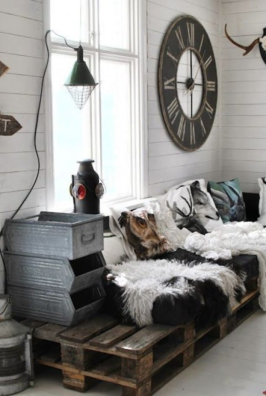 #19. WOODEN PALLET FURNITURE PROJECTS - THE SCANDINAVIAN COUCH