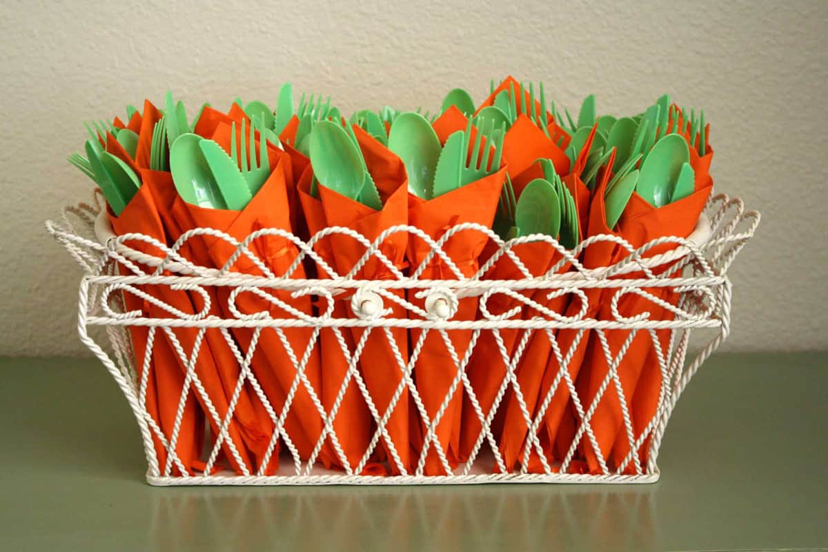 23-contrast-carrot-silverwear-easter-crafts