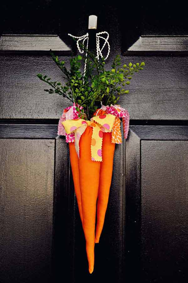 Splendid patio decoration resembling carrots and featuring greenery