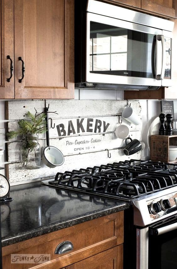 #42. PALLET WOOD KITCHEN BACKSLASH