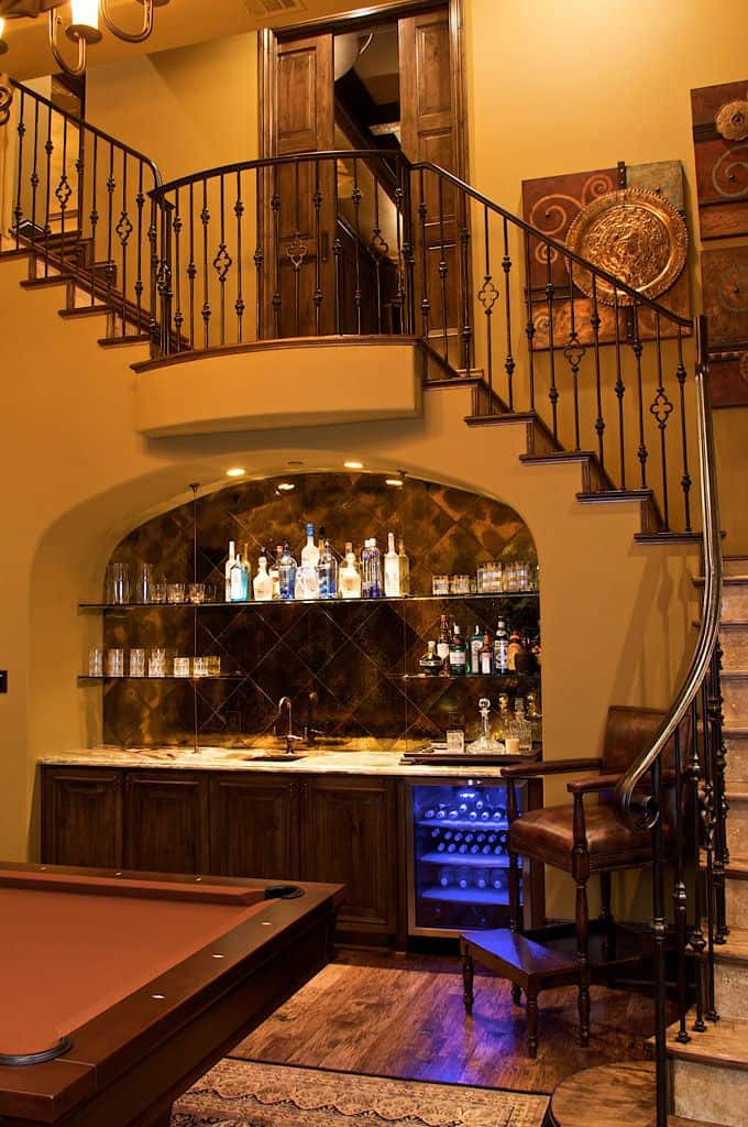 52 splendid home bar ideas to match your entertaining style homesthetics inspiring ideas for - Bars for your home ...