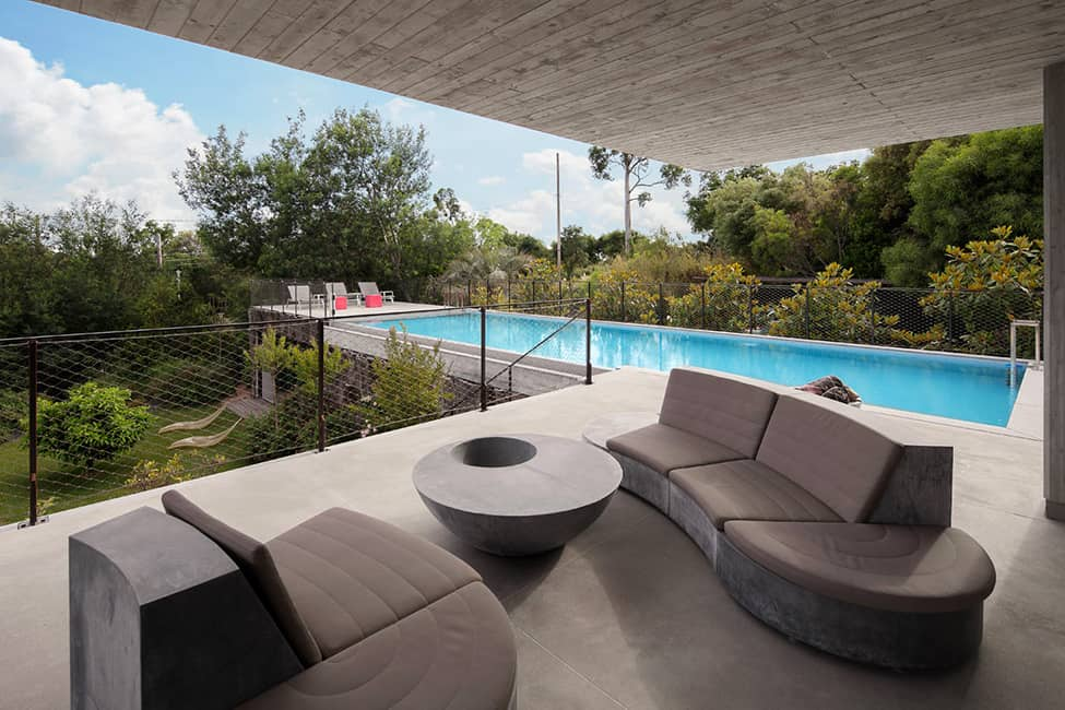 Bold Concrete and Glass Composition in a Private Saint-Tropez Residence (4)