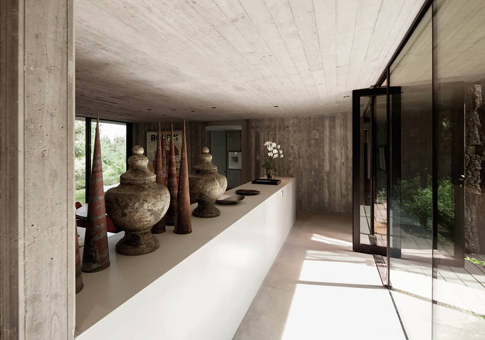 Bold Concrete and Glass Composition in a Private Saint-Tropez Residence (8)