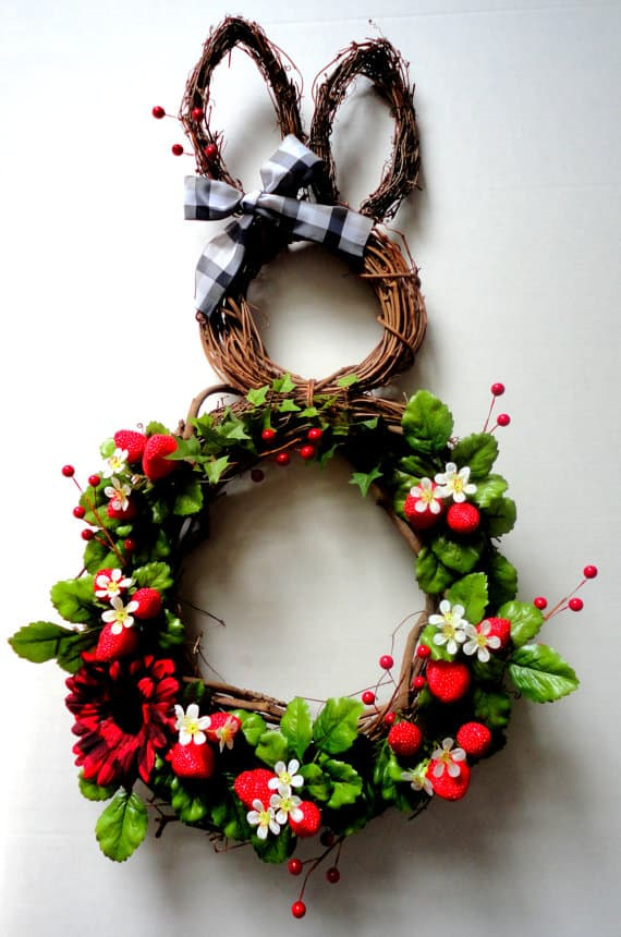 18. welcome guests with a beautiful bunny wreath