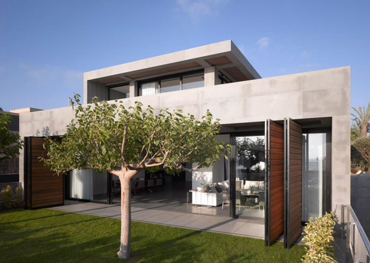 Concrete Beach Home in Israel Designed by Pitsou Kedem Architect homesthetics (2)