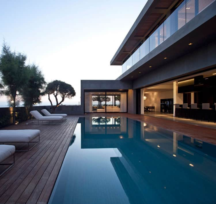 Concrete Beach Home in Israel Designed by Pitsou Kedem Architect homesthetics (20)