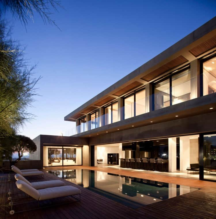 Concrete Beach Home in Israel Designed by Pitsou Kedem Architect homesthetics (21)