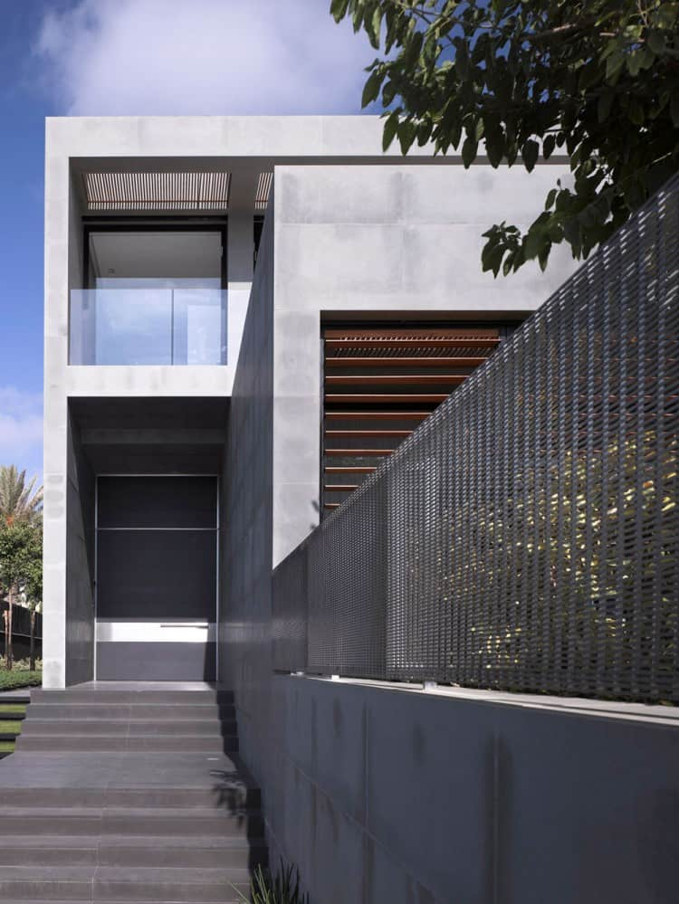 Concrete Beach Home in Israel Designed by Pitsou Kedem Architect homesthetics (3)