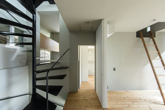 Concrete Cubes Shaping a Home Designed by Y+M Design Office (11)