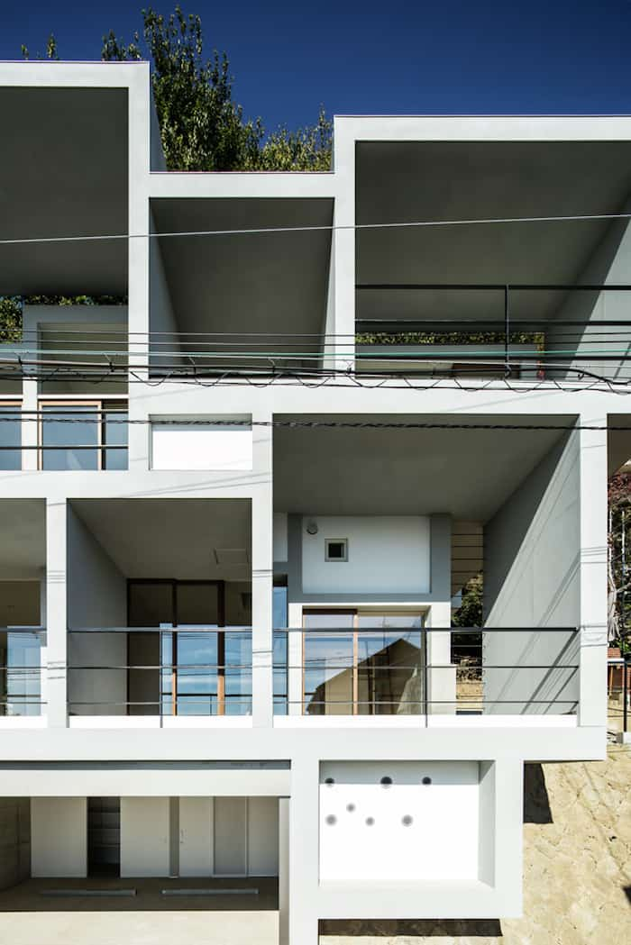 Concrete Cubes Shaping a Home Designed by Y+M Design Office (4)