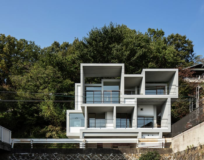 Concrete Cubes Shaping a Home Designed by Y+M Design Office (5)