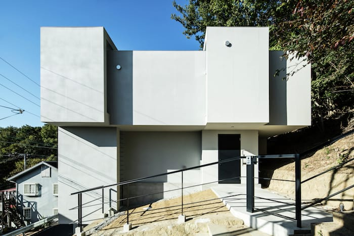 Concrete Cubes Shaping a Home Designed by Y+M Design Office (7)
