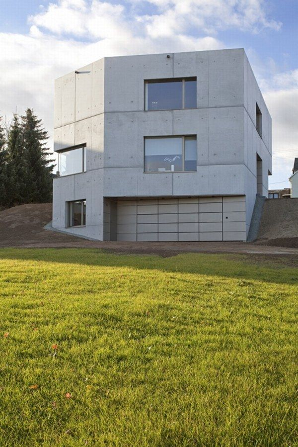 House from Atelier St Showcasing Beautiful Simplicity in Cainsdorf (2)