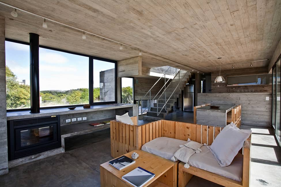 Industrial Aesthetic Values in a Beach Home by BAK Architects (13)