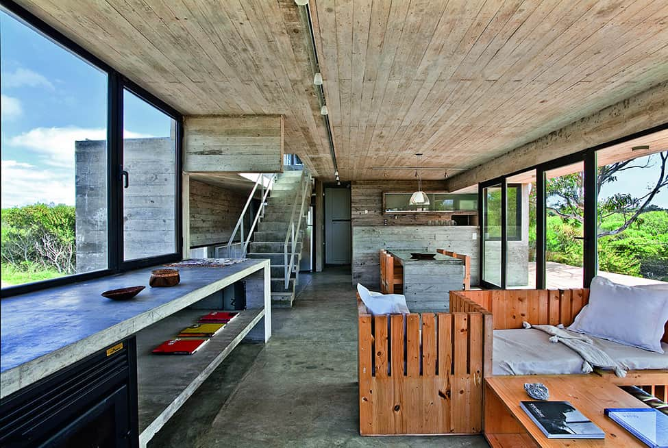 Industrial Aesthetic Values in a Beach Home by BAK Architects (14)