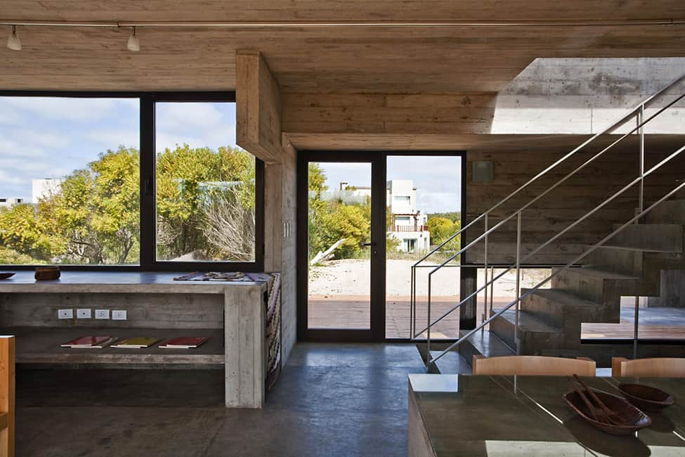 Industrial Aesthetic Values in a Beach Home by BAK Architects (15)