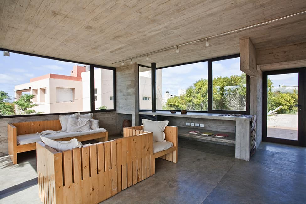 Industrial Aesthetic Values in a Beach Home by BAK Architects (16)