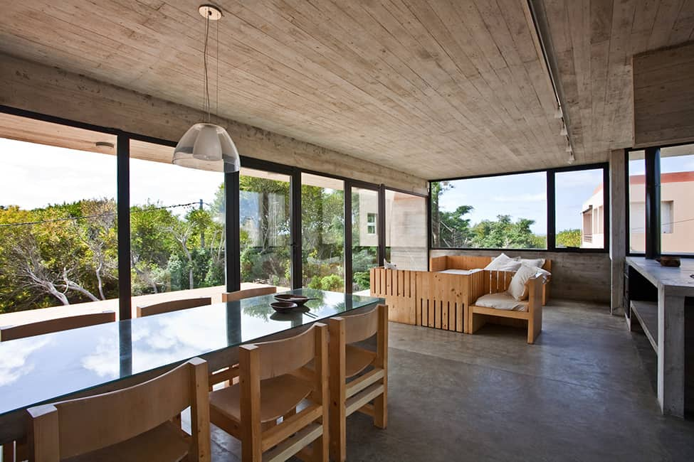 Industrial Aesthetic Values in a Beach Home by BAK Architects (17)