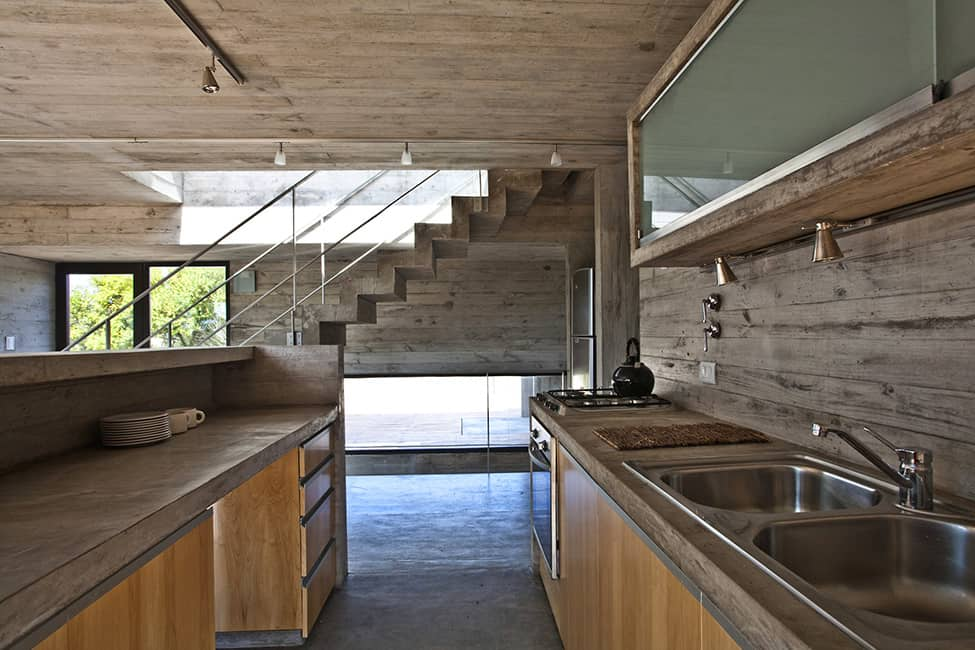 Industrial Aesthetic Values in a Beach Home by BAK Architects (18)