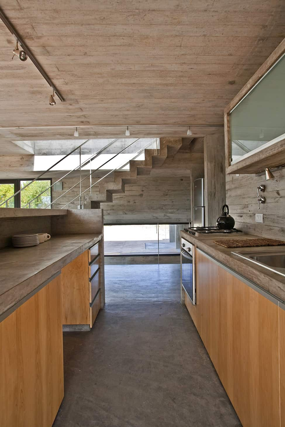 Industrial Aesthetic Values in a Beach Home by BAK Architects (19)