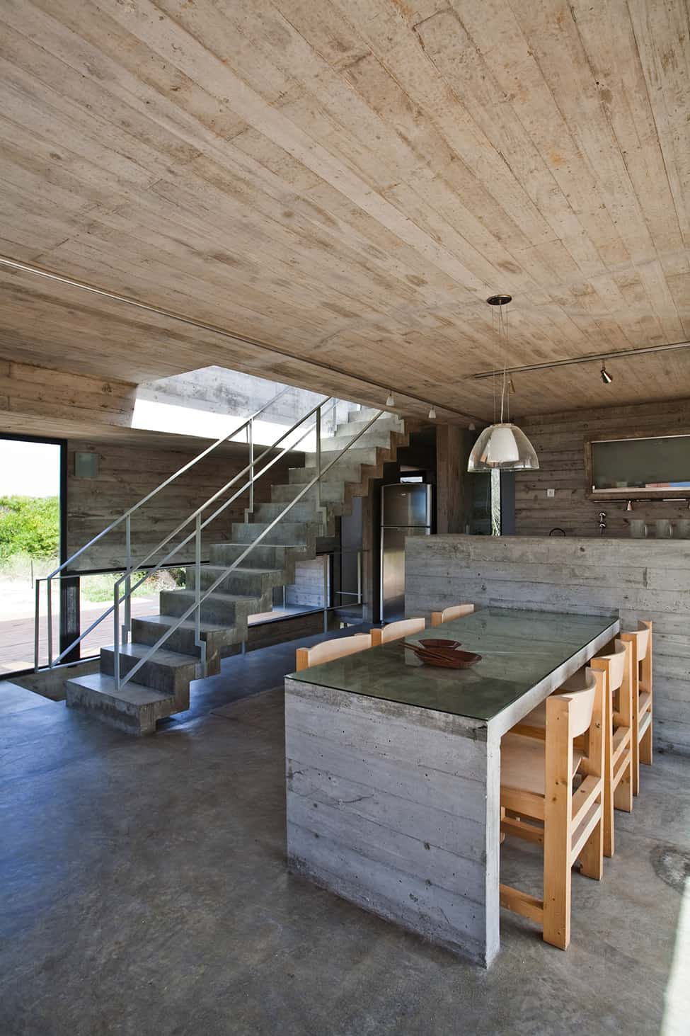 Industrial Aesthetic Values in a Beach Home by BAK Architects (20)