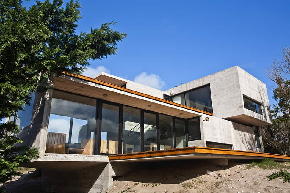 Industrial Aesthetic Values in a Beach Home by BAK Architects (25)