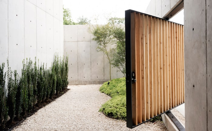 Minimal Wood and Concrete Composition by By Robertson Design (4)
