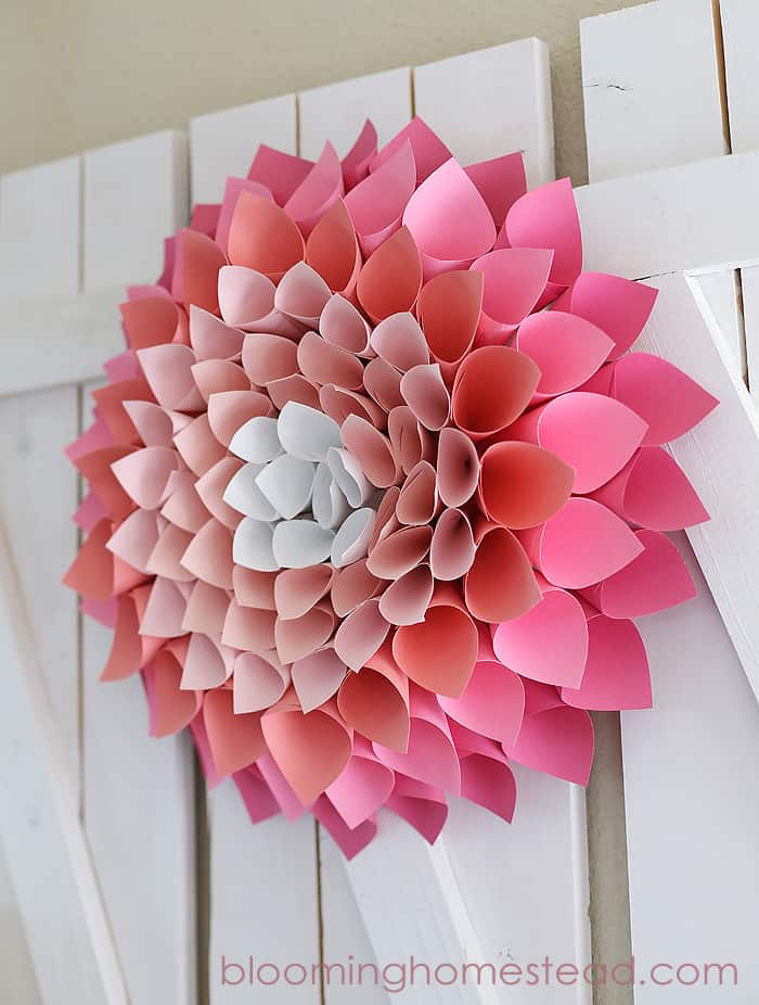 PAPER BLOOMING FLOWER WREATH