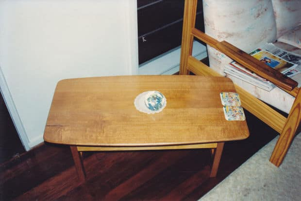 THE SIMPLEST OF COFFEE TABLES