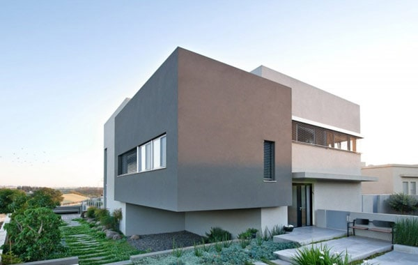 Simple Modern Home in Israel by Sharon Neuman Architects (1)