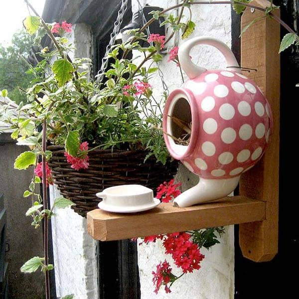 16 Simple and Ingenious DIY Birdhouse Ideas for Your Garden ...