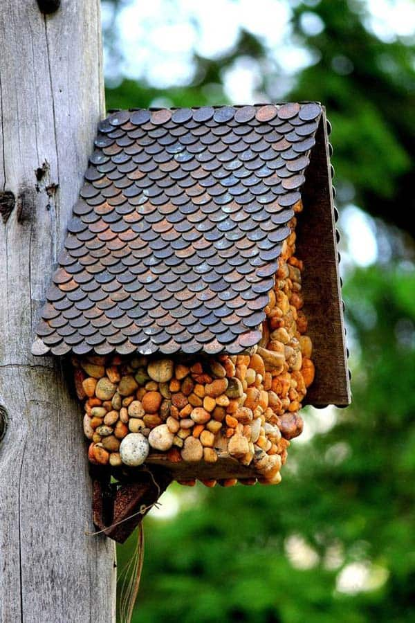 16 simple and ingenious diy birdhouse ideas for your garden homesthetics inspiring ideas for - Houses made from natural materials ...